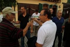 Brindisi di Luca Pazzaglia con un nuovo amico tedesco